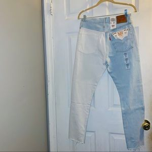 NWT - Levi's two-toned Jeans